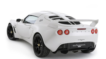 https://icdn-3.motor1.com/images/mgl/Y7Zpq/s6/2010-204344-lotus-exige-s-rgb-special-edition-21-06-20101.jpg