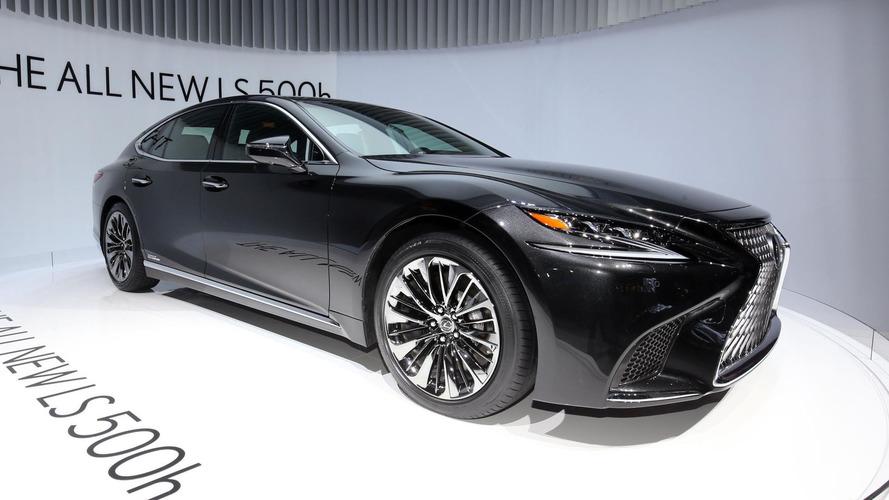 2018 Lexus LS 500h is for the eco-conscious luxury sedan buyer