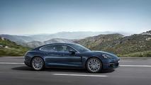 Porsche Panamera 4 2017 azul
