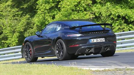 Porsche 718 Cayman GT4 facelift spied at the Nürburgring