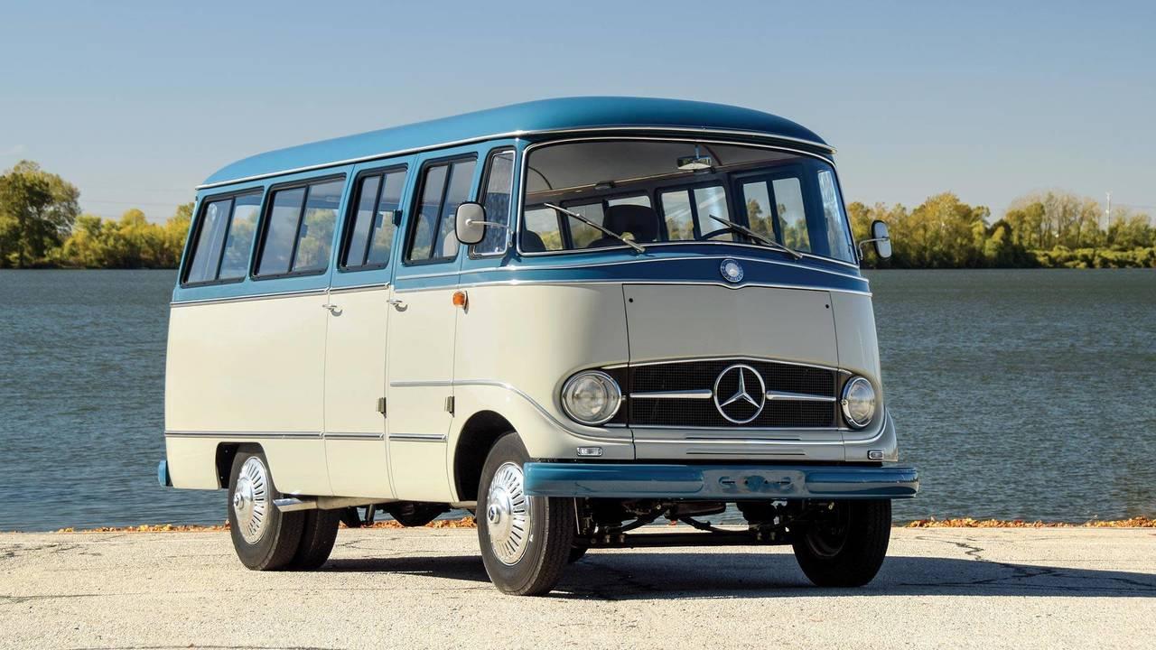 Subasta: Mercedes-Benz O 319 de 1959 (Restomod)
