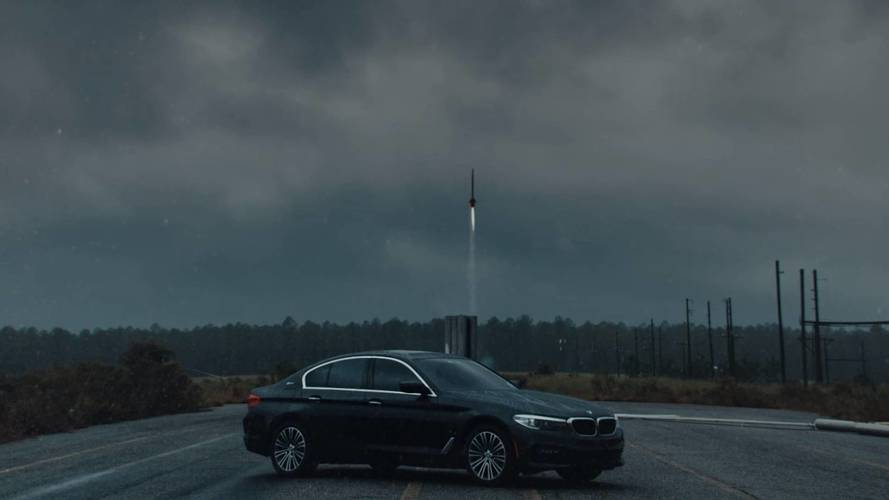 BMW 530e Controls The Raw Power Of Electricity In New Promo