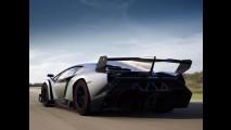 Lamborghini Veneno: superesportivo exclusivo tem motor V12 de 750 cv