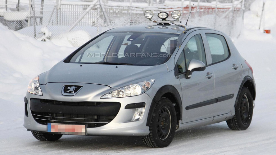 2013 Peugeot 301 spied for first time