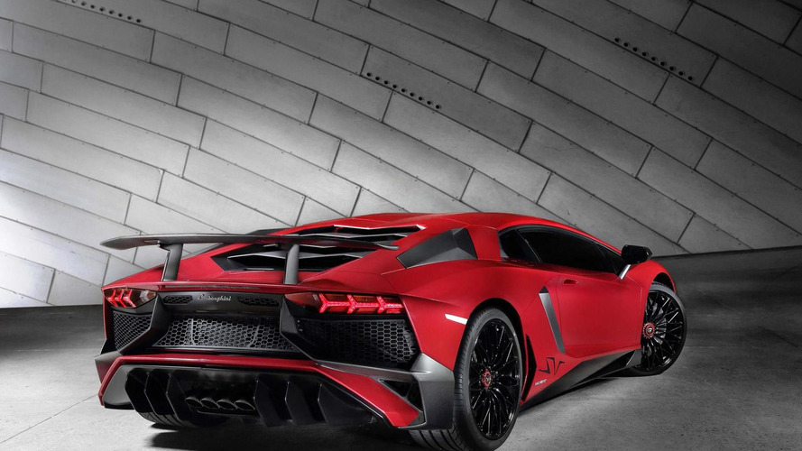 Lamborghini Aventador SV arrives in US with $493,069 price tag