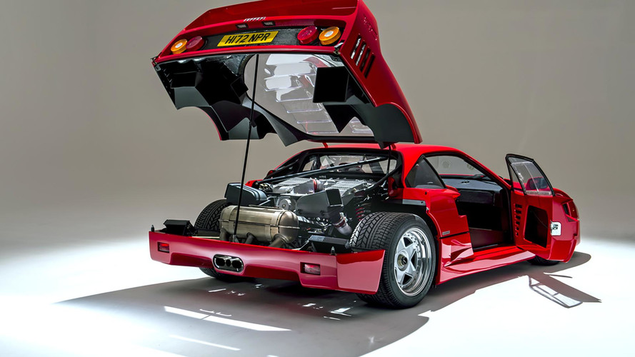 300 millió forint fölött kelhet el egy alig több mint 3000 km-t futott Ferrari F40