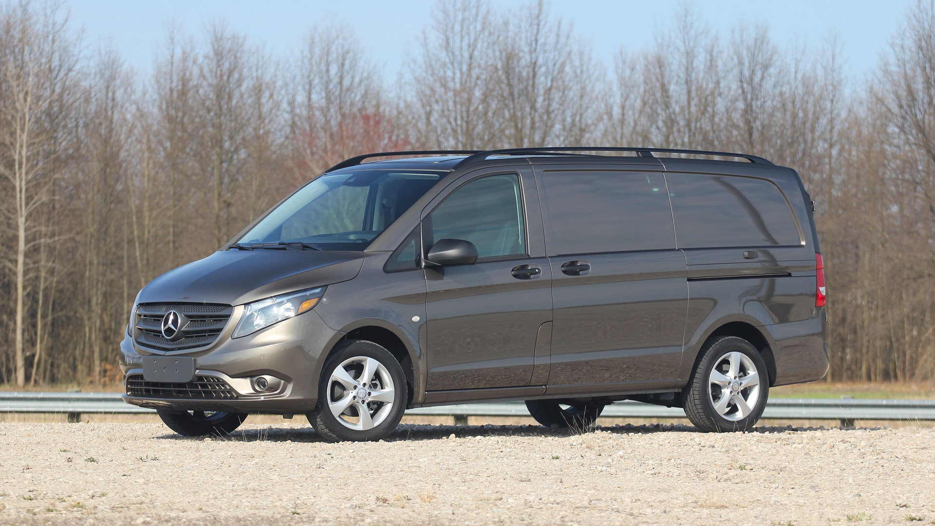 2017 mercedes benz metris review sharp dressed van for Mercedes benz van