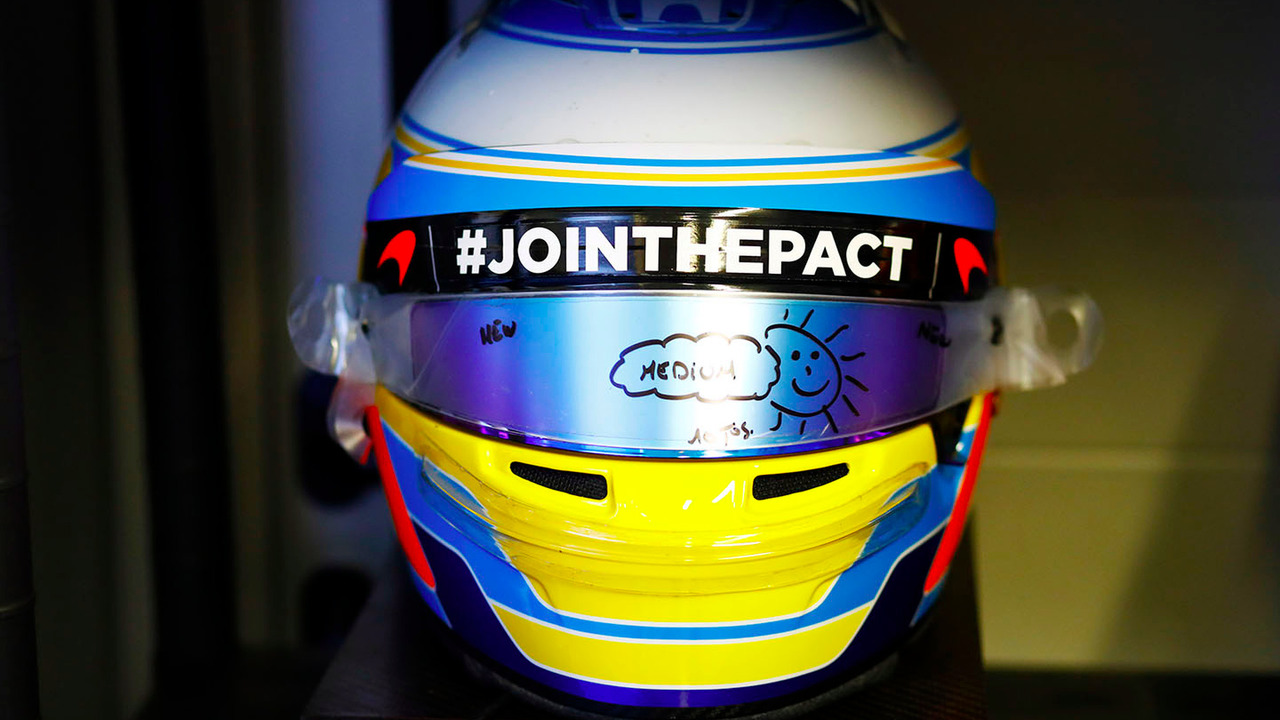 Casco de Fernando Alonso en GP Rusia