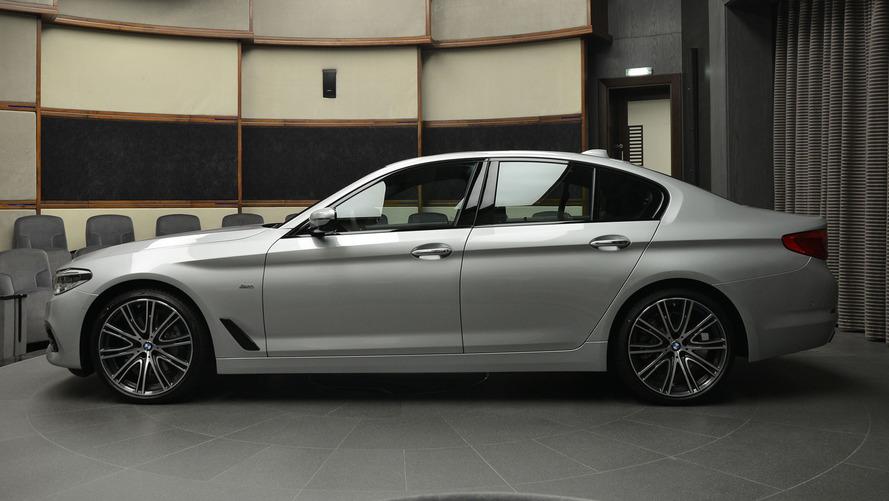 Elegant BMW 540i Sport Line surfaces at Abu Dhabi Motors
