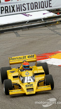 Jean-Pierre Jabouille with his Renault F1