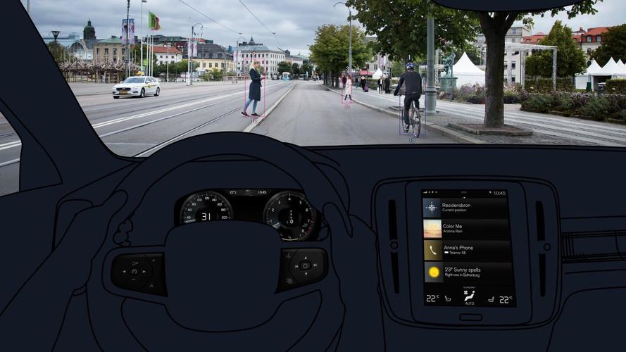 Volvo confirma SUV XC40 com condução semi-autônoma e equipamentos de
