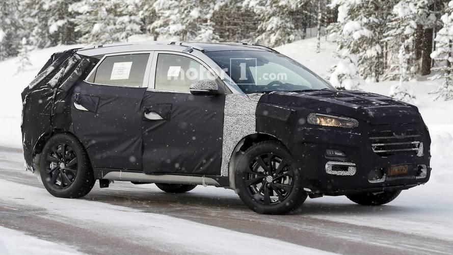 Makyajlı Hyundai Tucson kamuflajı kaybetmiyor