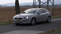 2014 Mazda3 spy photo 25.02.2013 / Automedia