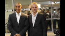 Hamilton e Kovalainen inaugurano il AMG Performance Center