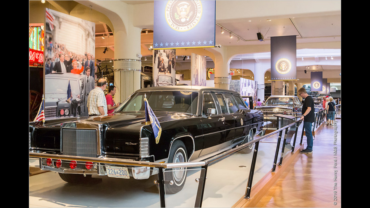 Gerald Ford/Jimmy Carter/Ronald Reagan: Lincoln Continental (1972)