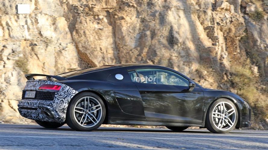 New Audi R8 version spy photo