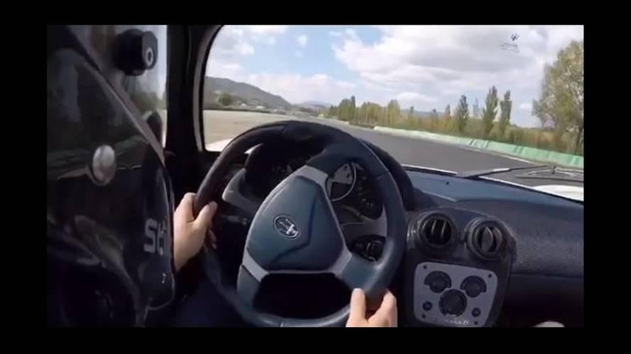 VIDÉO - Session de drifts pour deux Maserati MC12