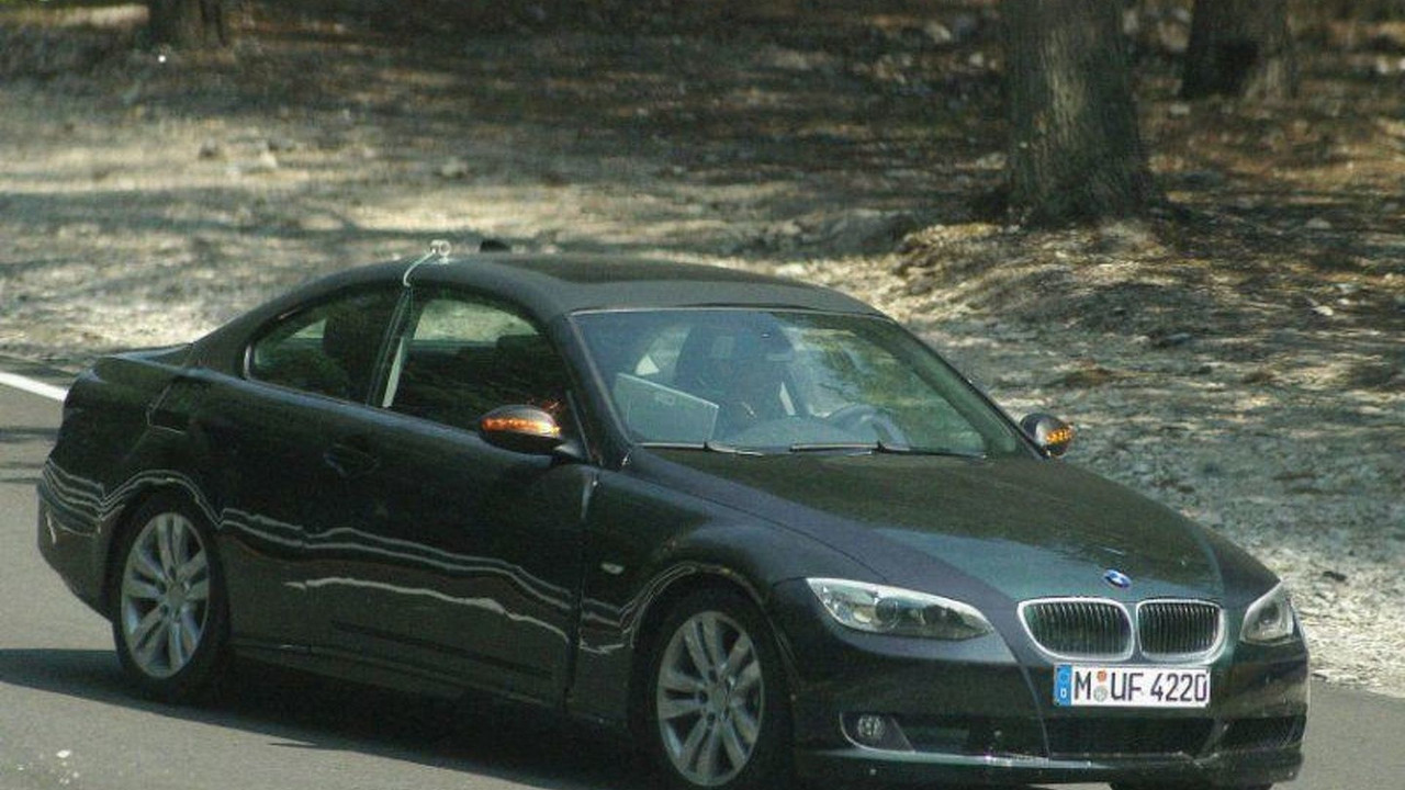 BMW's 3-Series Convertible Spy Photos