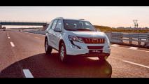 Mahindra XUV500 MY 2017 004