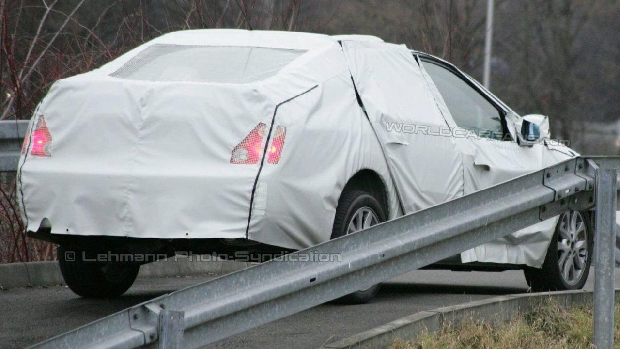 Spied: The Renault Laguna Sedan