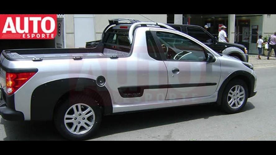 Nova Peugeot 207 Pick-up Escapade é flagrada sem disfarces