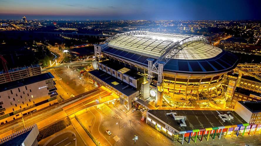 Bu stadyumun enerjisini Nissan Leaf bataryaları sağlıyor