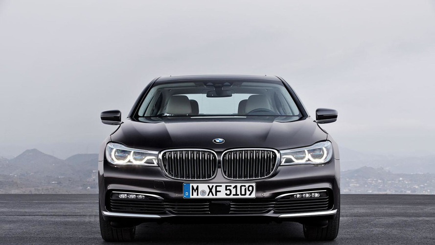 2016 BMW 7-Series officially unveiled [videos]