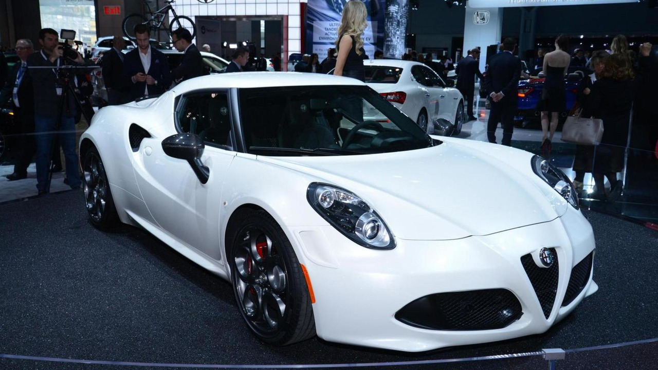 2015 Alfa Romeo 4C live in New York