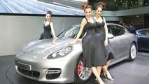 2010 Porsche Panamera Live from Auto Shanghai 2009