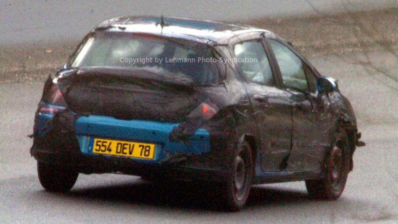 Peugeot 308 Spy Photos