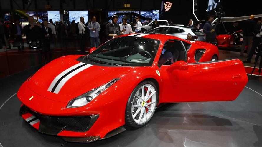 Zseniális videón került bemutatásra a Ferrari 488 Pista