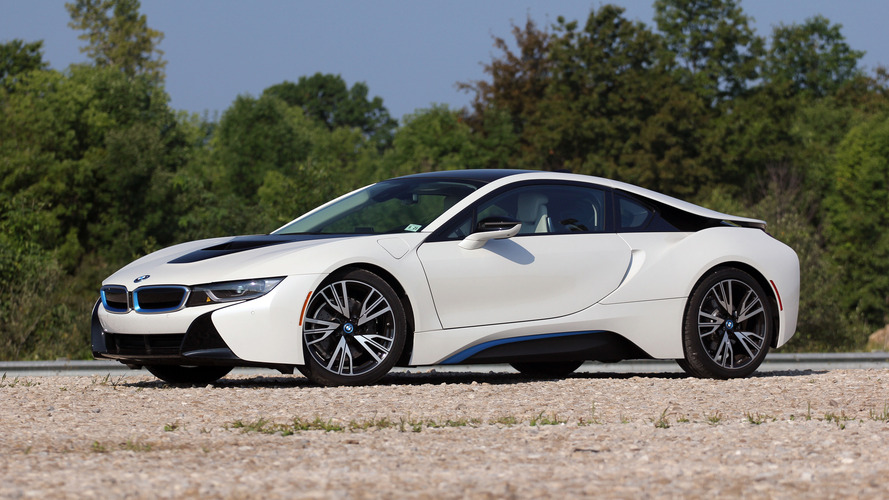 2016 BMW i8: Review