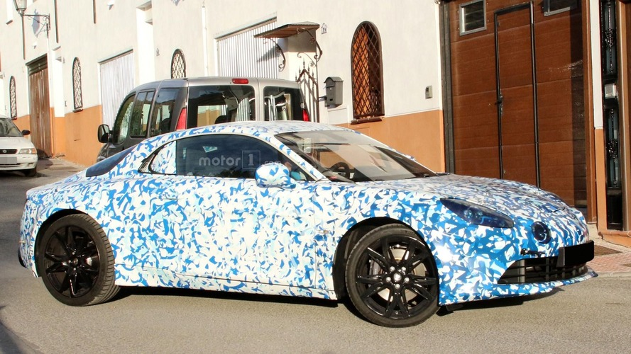 2017 Alpine sports car puts on production body
