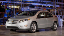 Chevrolet to auction first retail Volt for charity [video]