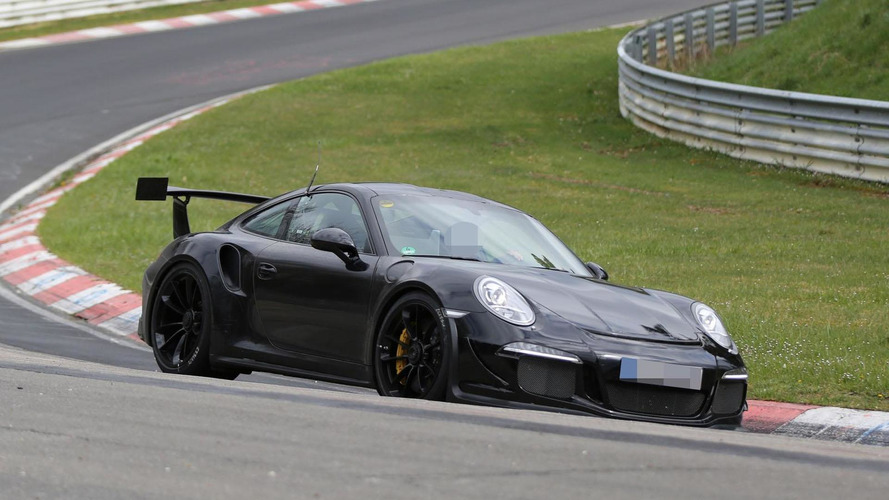 2015 Porsche 911 GT3 RS spied on the Nurburgring