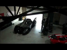 Meet the world's only actual turbine powered Bat Car‬‏