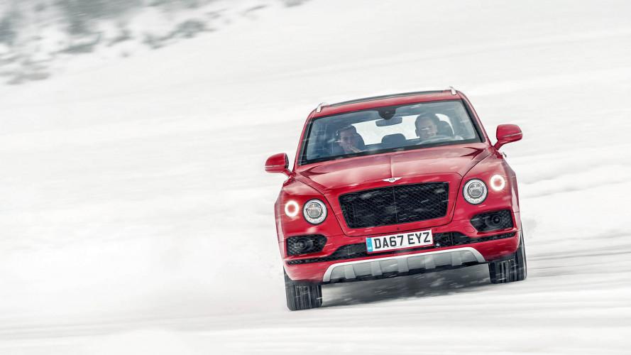 Meglepetéssel készül a Bentley a Genfi Autószalonra