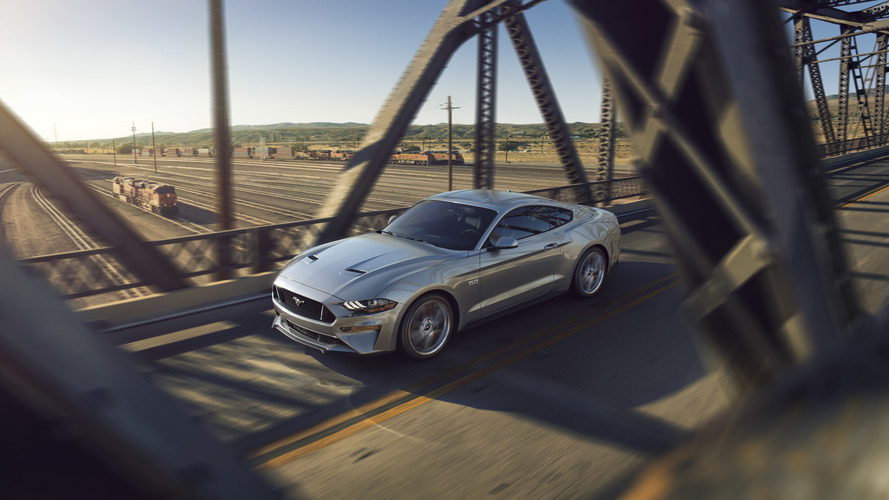 2018 Ford Mustang facelift: see the changes side-by-side