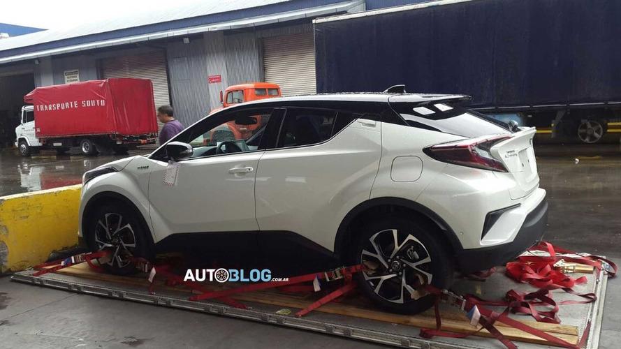 Flagra - Toyota C-HR chega para o Salão de Buenos Aires