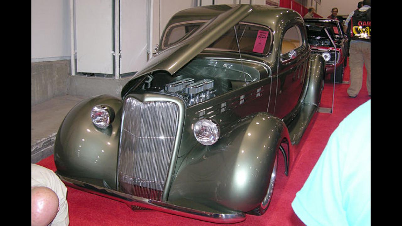 Wohlgeformte Rundungen schmücken dieses Ford Three-Window-Coupé aus dem Jahr 1935