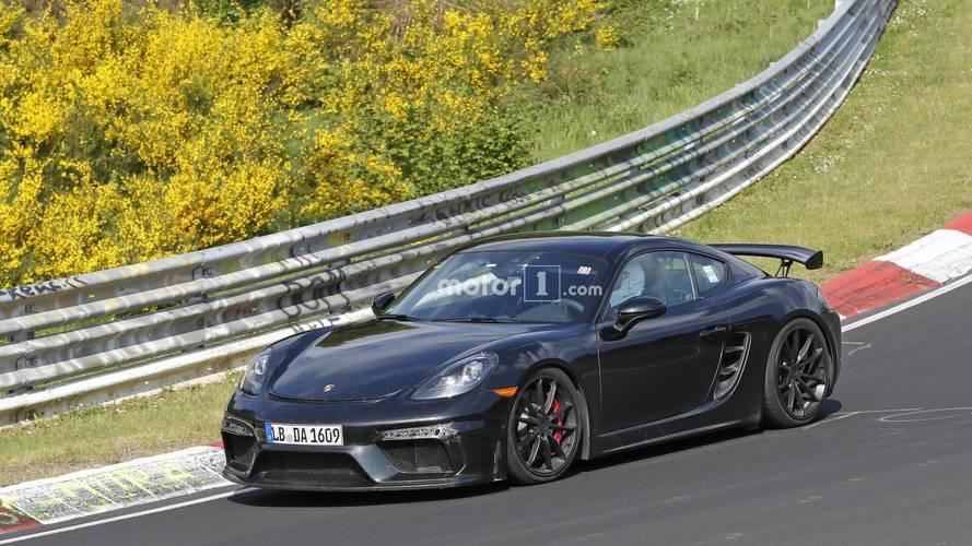 Makyajlanan Porsche 718 Cayman GT4, casus kameralara yakalandı