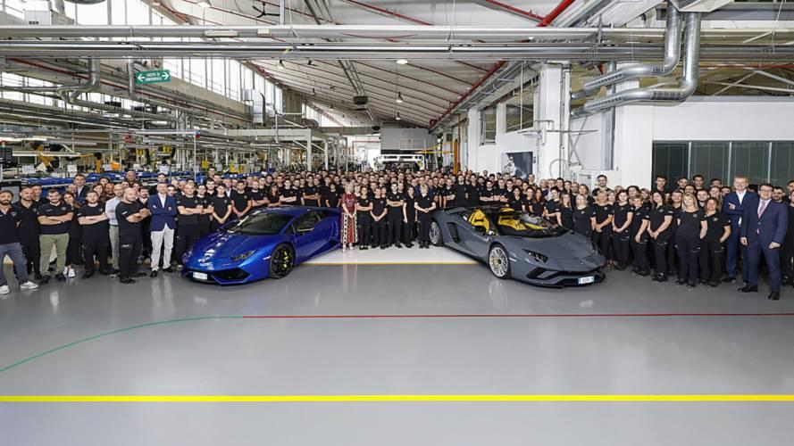 Lamborghini Celebrates 11,000th Huracan, 8,000th Aventador
