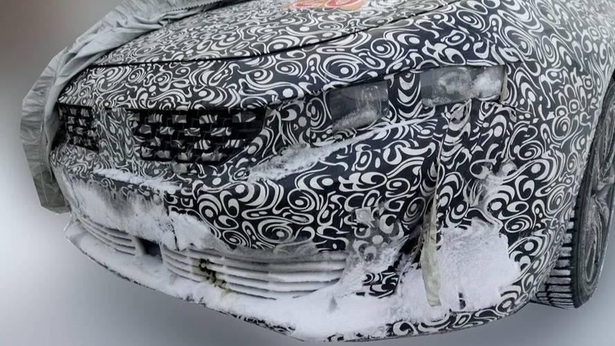 Peugeot 508 karda casus fotoğrafları