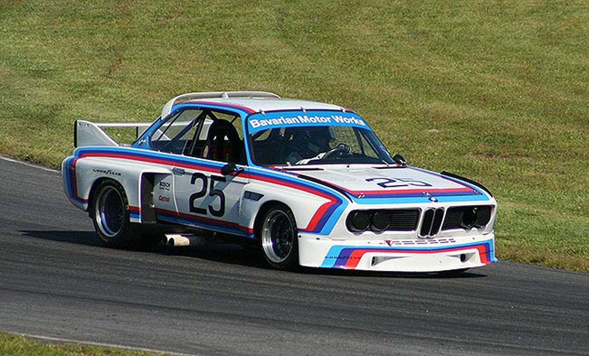 Excellent Cars from Lime Rock Park\'s Vintage Race Weekend