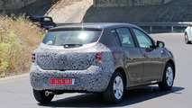 2017 Dacia Sandero facelift spy photo