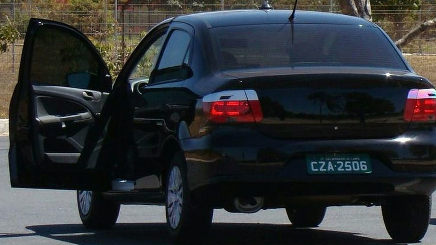 VW Voyage scooped in front of Brazilian president's house