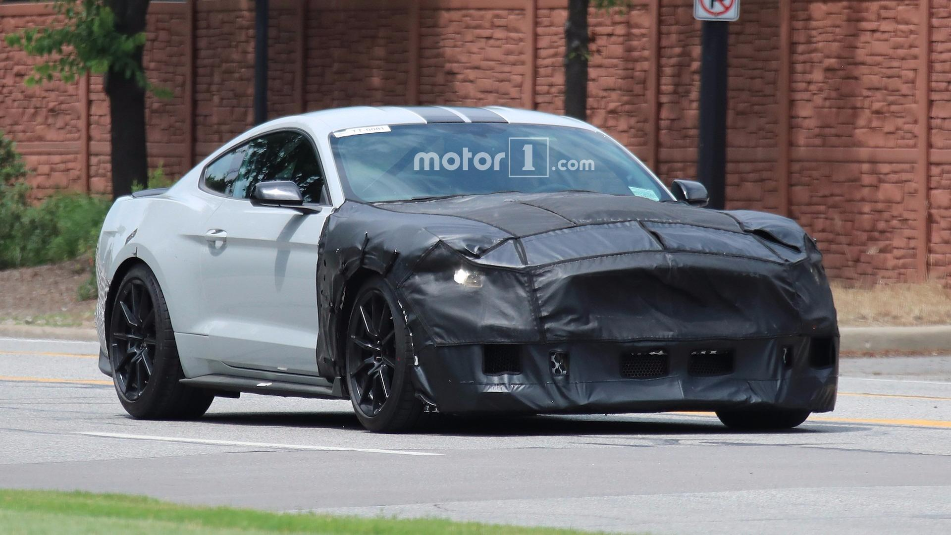 Famoso 2019 Ford Mustang Shelby GT500 Looks Aggressive In New Rendering RK51