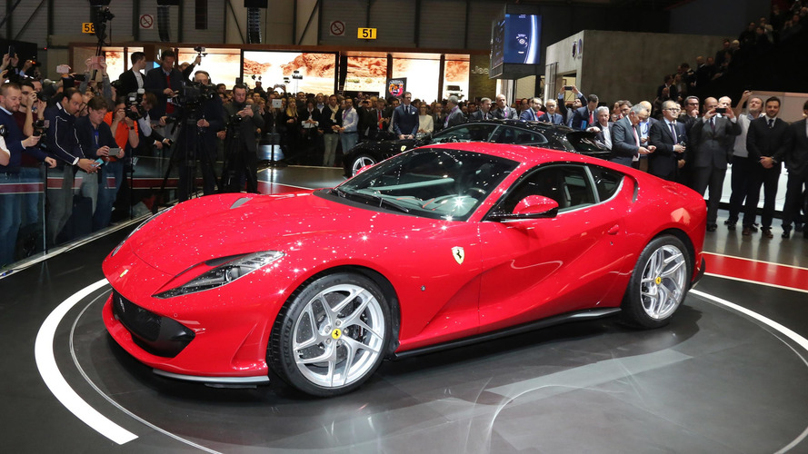 Ferrari 812 Superfast V12