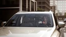 Volvo mostra capacete high tech que vai interligar carros e ciclistas
