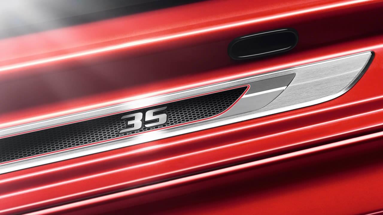 Golf GTI Edition 35: série especial homenageia os 35 anos da versão esportiva